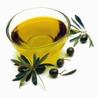 Health-Benefits-of-Olive-Oil-and-Beauty