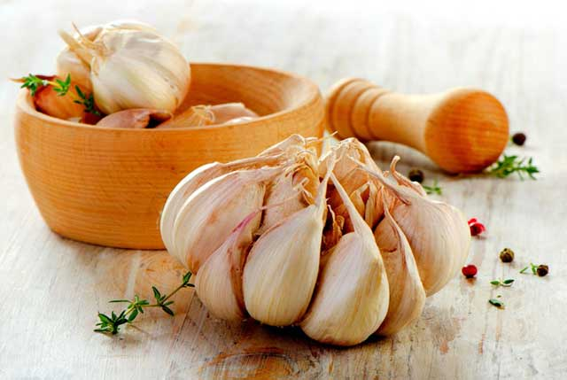 Garlic, Home Remedies for Treating Swollen Lymph Nodes