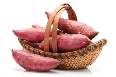 potatoes is one of superfoods to build your muscles