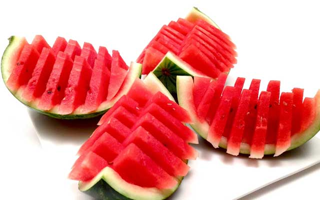 watermelon is Fruits that Useful to Whiten the Teeth