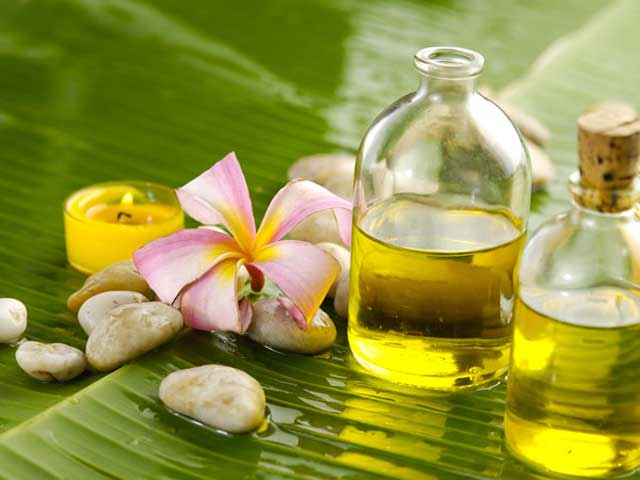 Increase Hair Growth Naturally with castor oil