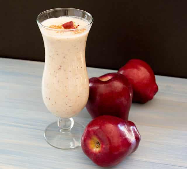 Apple Smoothie healthy energy drinks