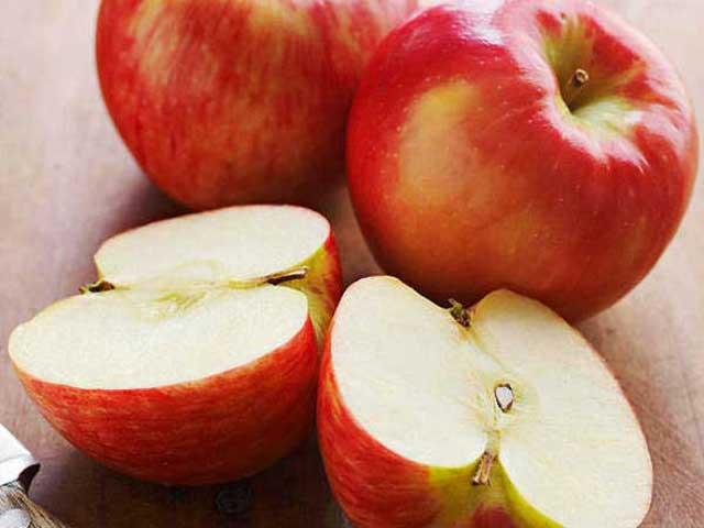 Boosting immunuty fruit Apple fruit