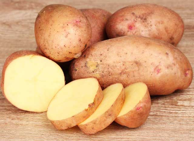 Raw Cold Potato Slices, Home Remedies To Keep Eyes