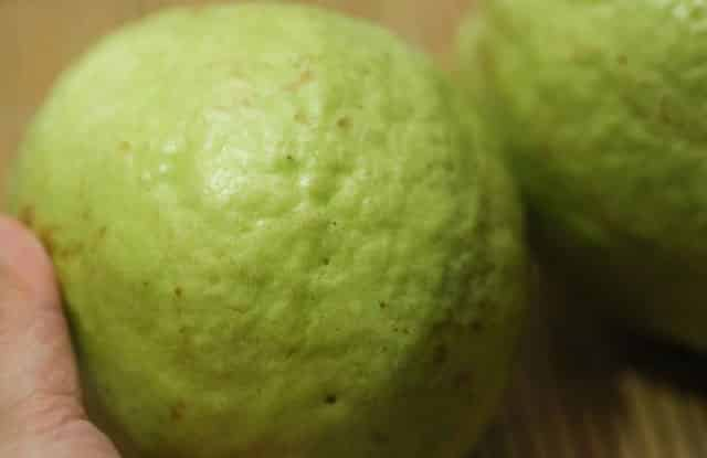 how to eat guava, choose a perfect