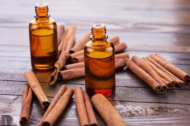 Cinnamon Essential Oils For Menstrual cramps